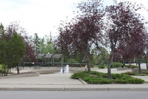 Entrance to Wascana View water feature-Wascana View neighborhood-Regina Real Estate Shop